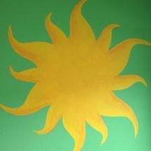 Die Sonne als Wandbild (Wunsch eines Bewohners bei der Lebenshilfe)