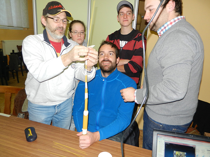 Teil der Teamschulung waren auch Übungen wie der Spaghetti-Turm
