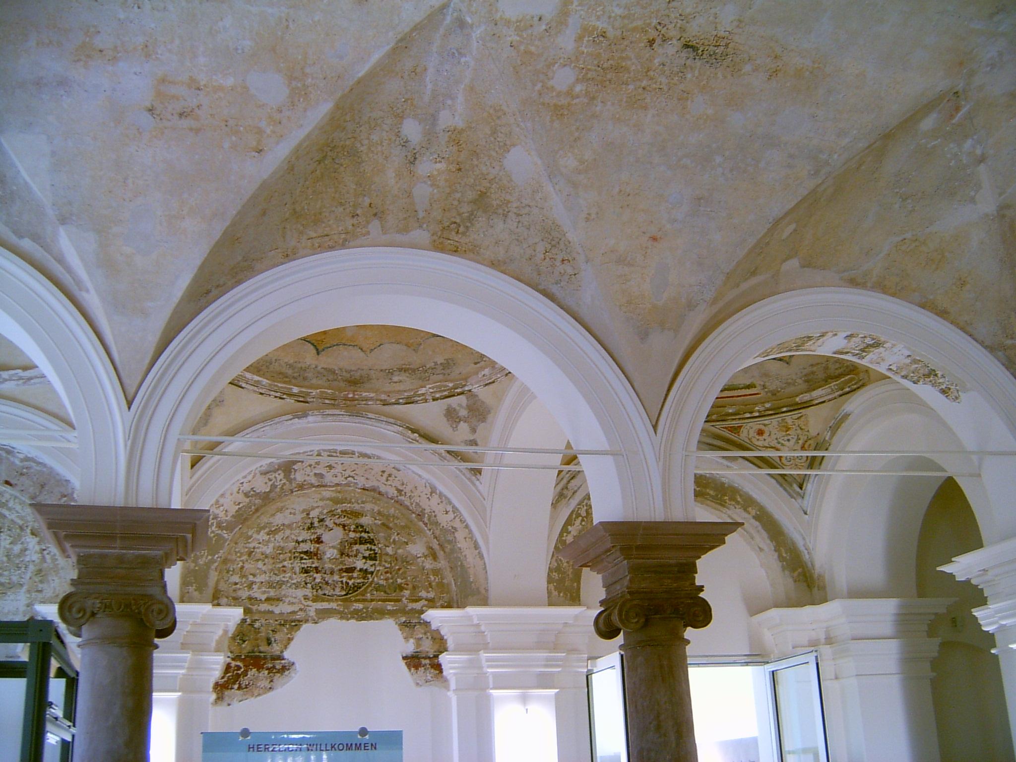 Deckengestaltung im Landesmuseum Trier